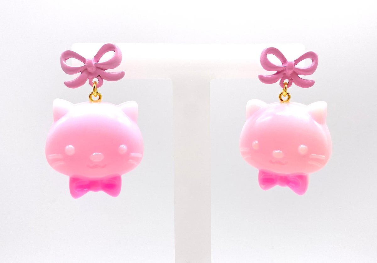 Image of Valentines Strawberry Chocolate Kitty Bow earrings