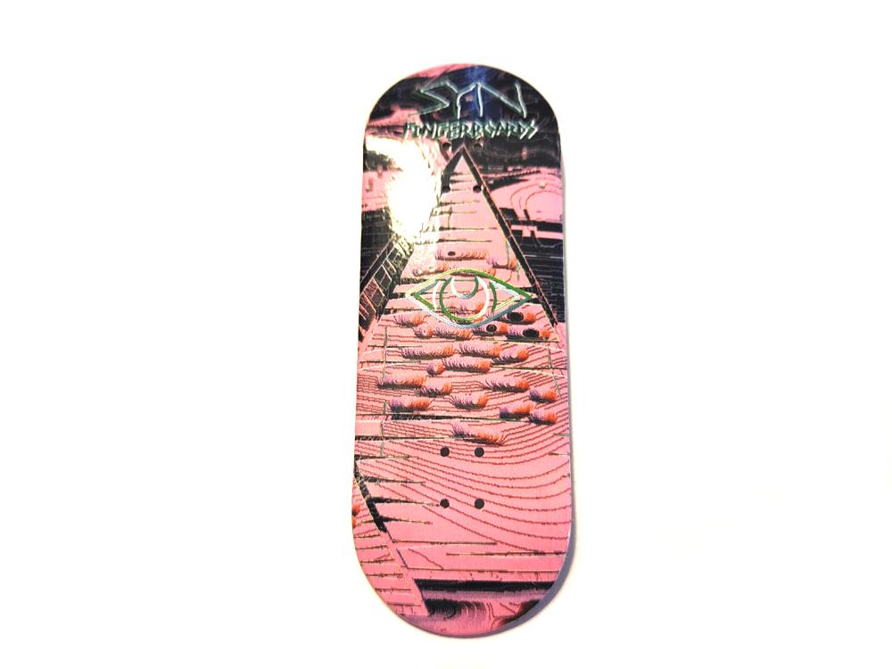 Pyramid Deck Pink