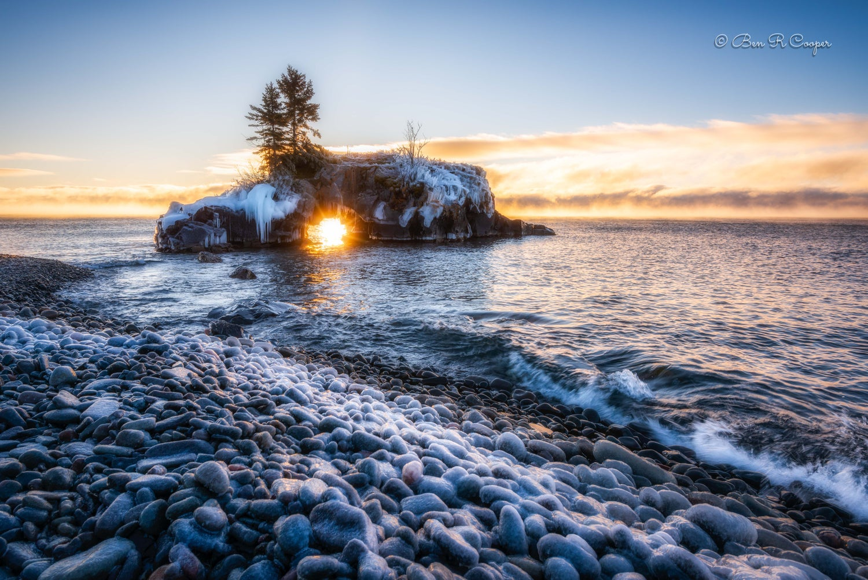Winter sunrise at Hollow Rock