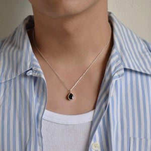 Image of Natural Vietnam Dark Blue Sapphire pear cut silver necklace