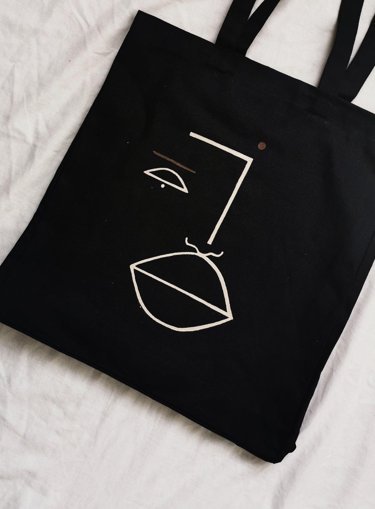 Image of peace be tote