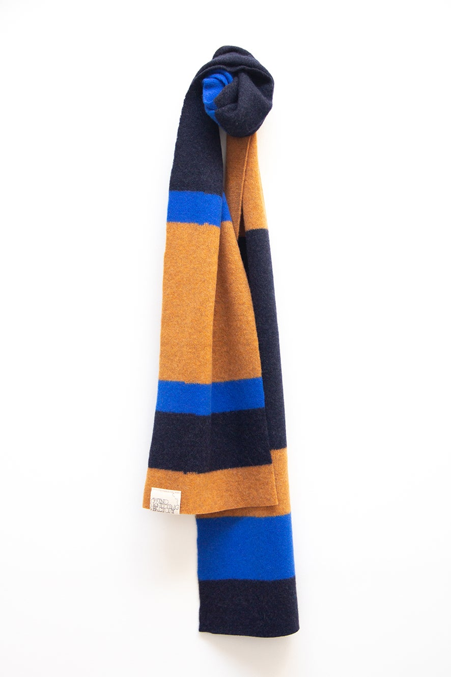 Image of Wind Knitted Scarf gazelle, blue and cobalt blue