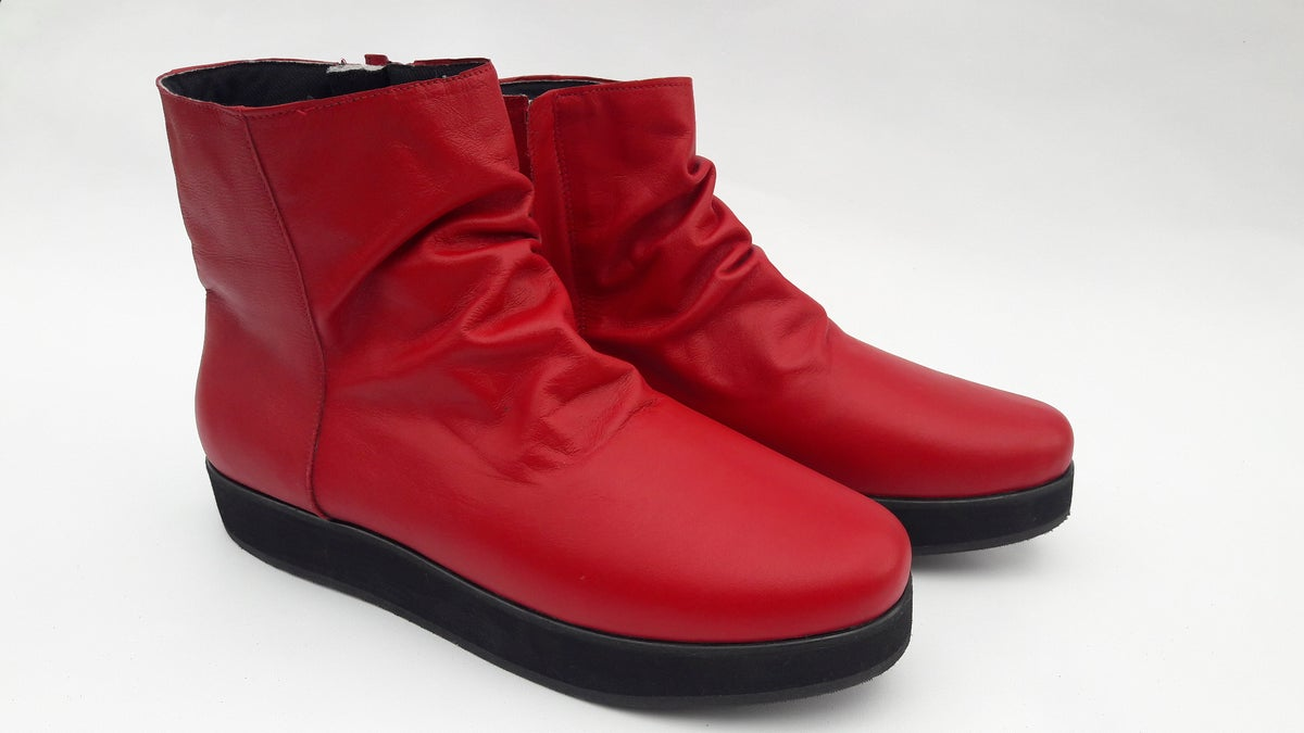 Image of Praetorian Red Short Boots
