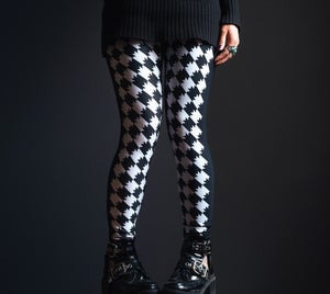 Image of Batstooth Leggings