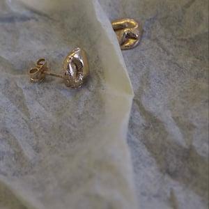 Mini Uisce Studs in Gold