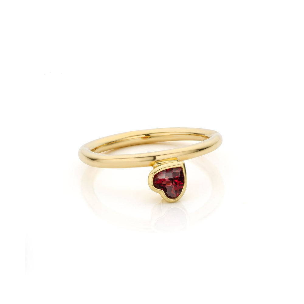 Image of verlovingsring, geboortering in goud en granaat / engagementsring, birthring in gold and garnet