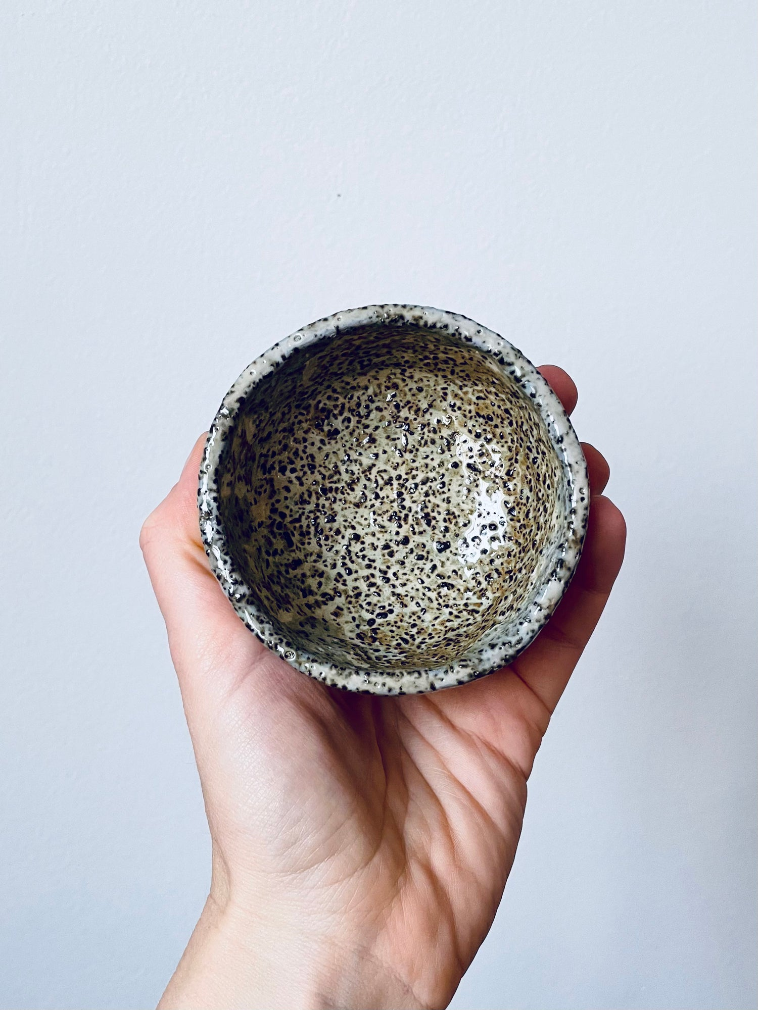 Image of Moss On The Rocks Stoneware Bowl