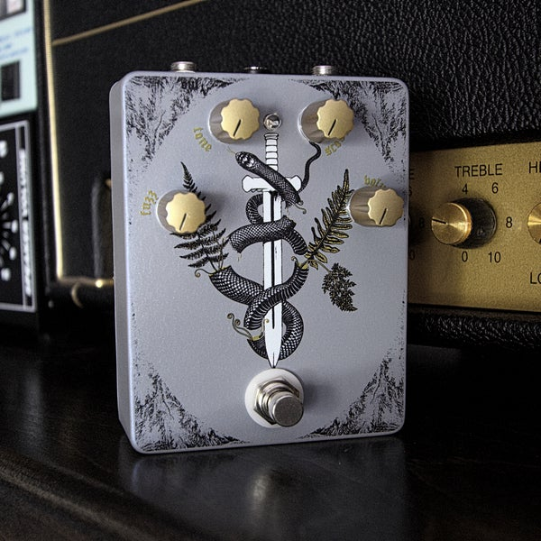 "Image of Women of Doom ""Fuzstortion"" Guitar Pedal"