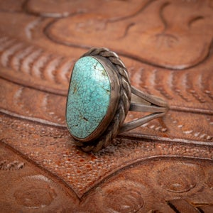 Image of 1970s Vintage Sterling Silver Ring with beautiful Spider Web MatrixTurquoise gemstone Size 6.75