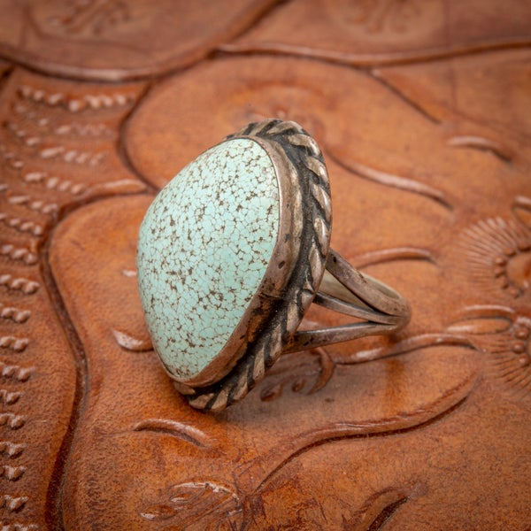 Image of 1970s Vintage Sterling Silver Ring with beautiful lite Spider Web MatrixTurquoise gemstone  size 6