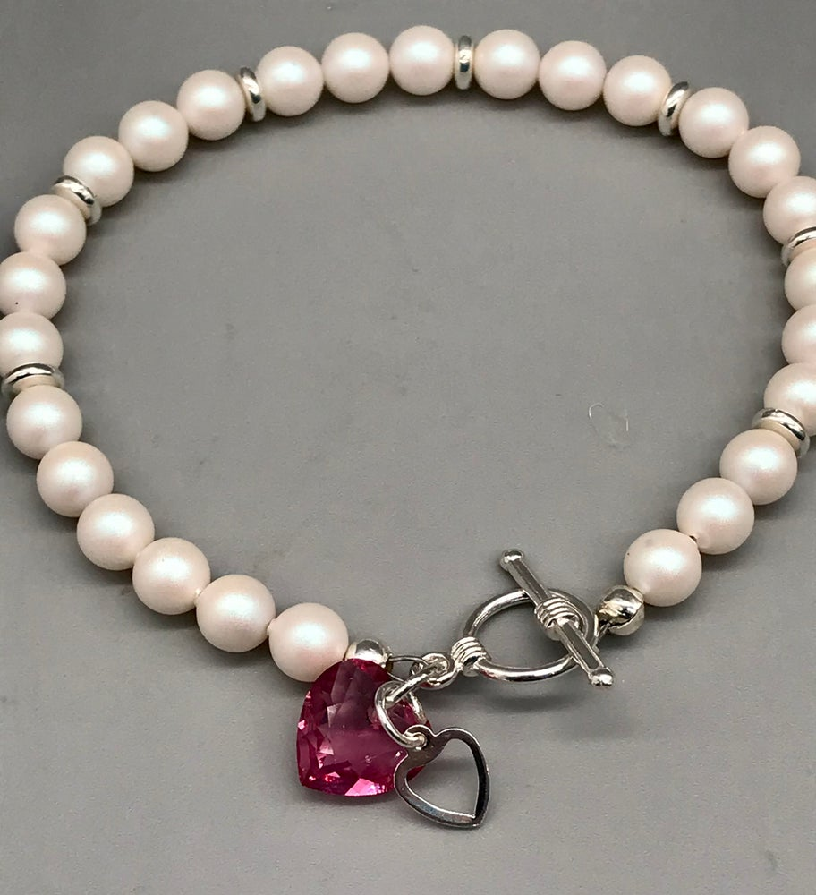 Image of White Pearls and Pink Heart Bracelet