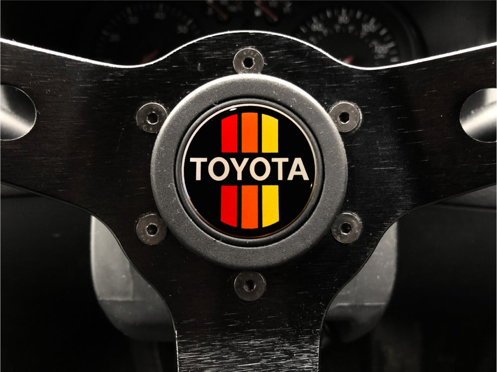 Image of Toyota Classic Horn push Sticker 40mm Domed
