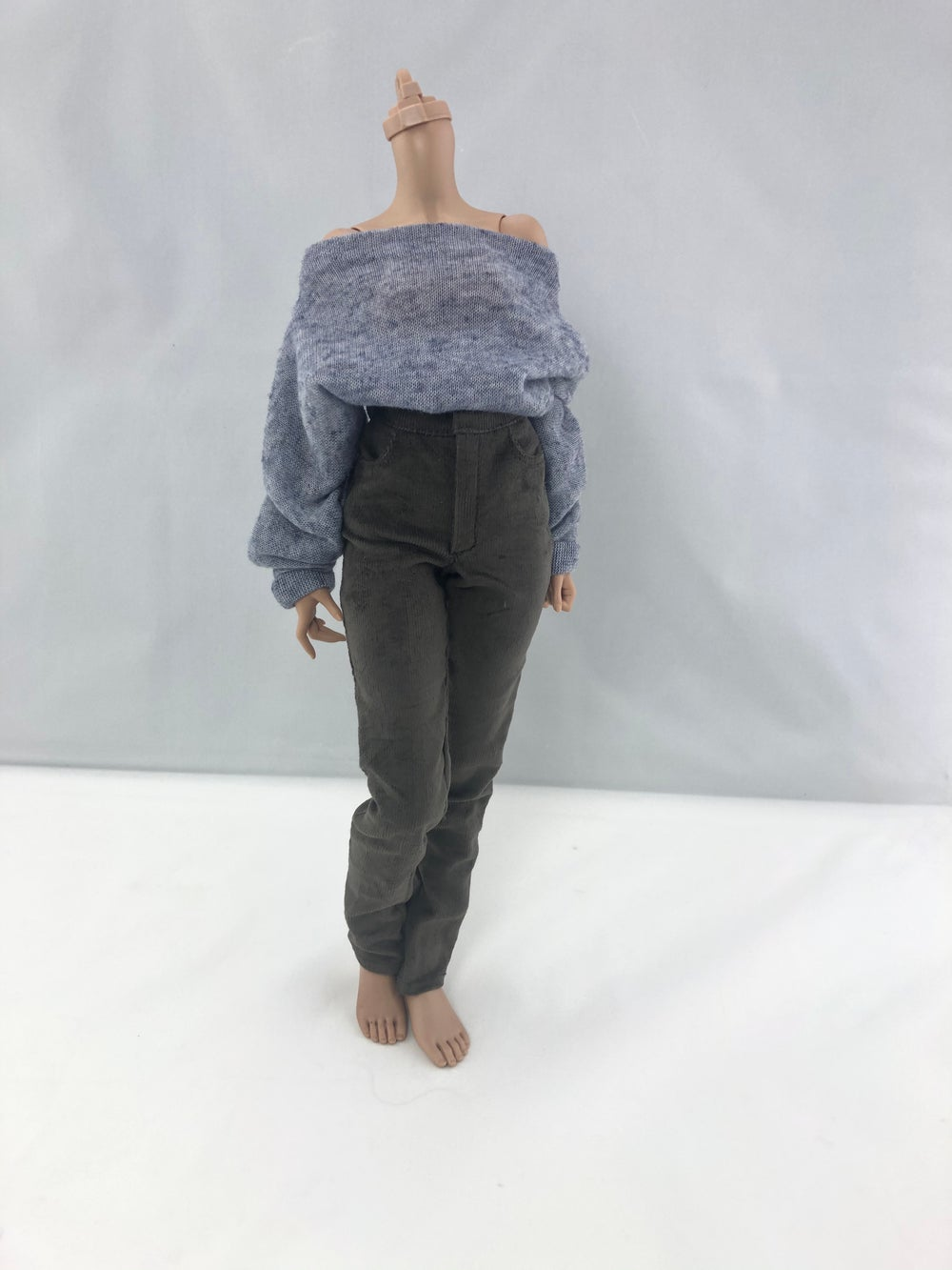Slouchy  Off-shoulder Sweater: Minifee