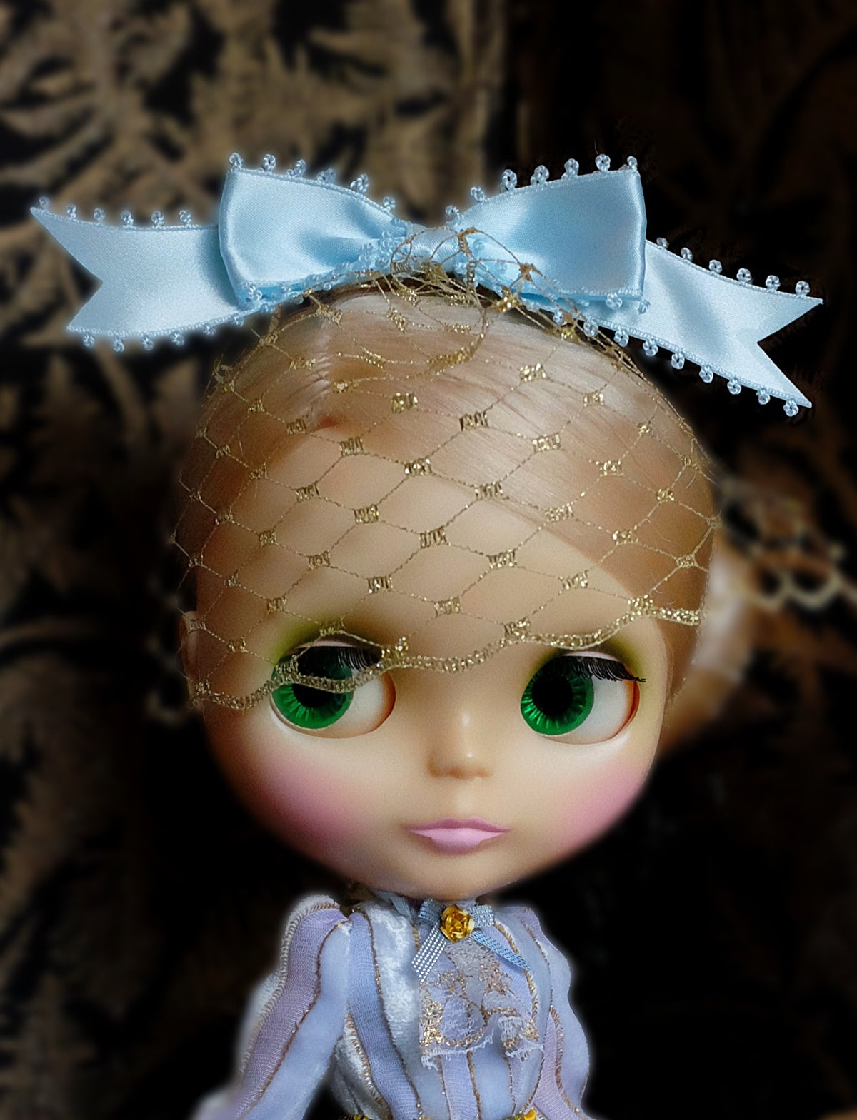 Image of Lounging Linda ~ Blythe Fascinator