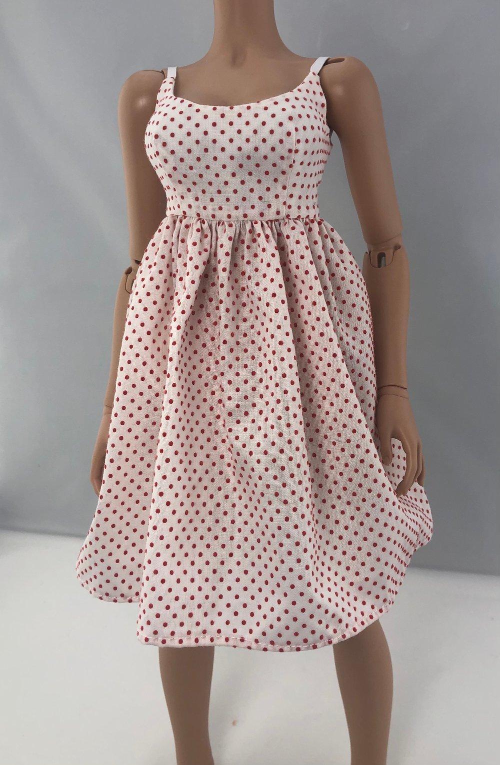 Vintage Red Dot Feeple60 Dress