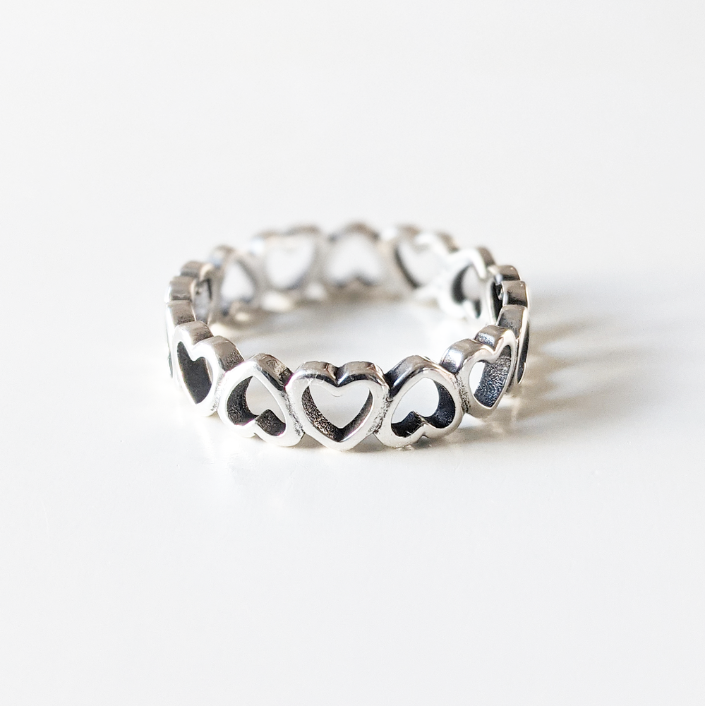 Image of Hearts Ring