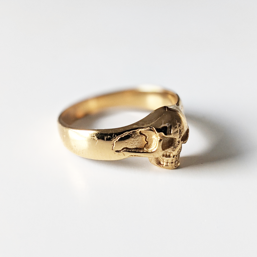 Image of Gold Skull Ring