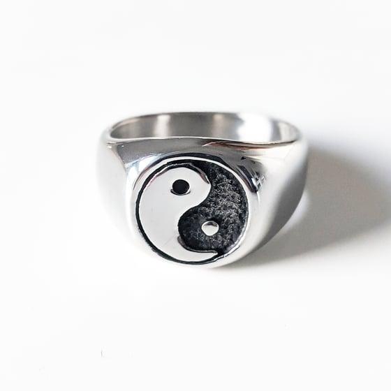 Image of Yin Yang Ring