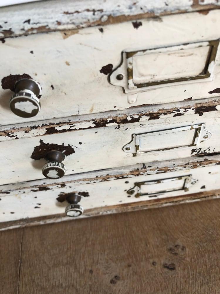 Image of Petit meuble 3 tiroirs