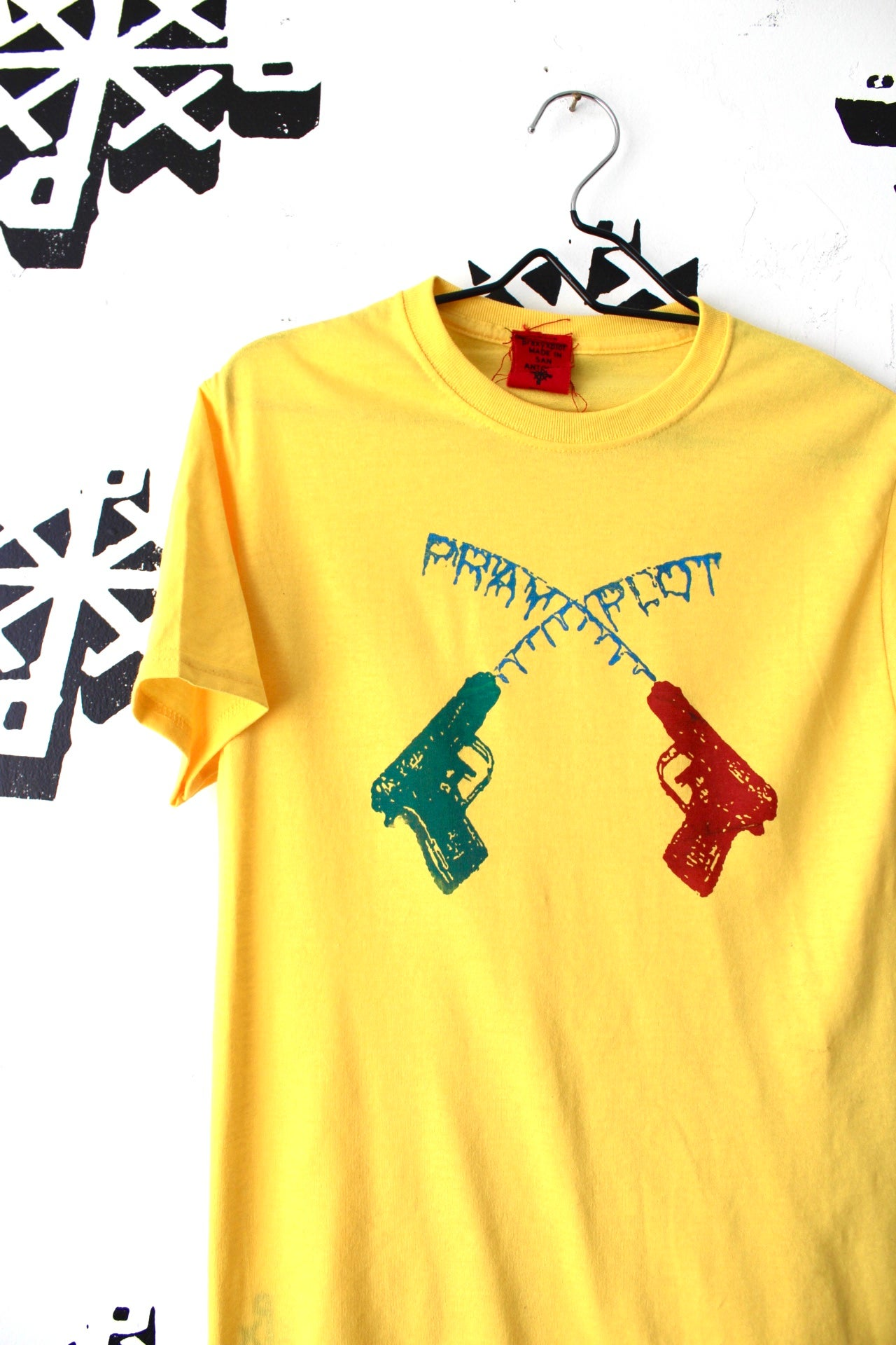 Image of come get wet tee in yellow