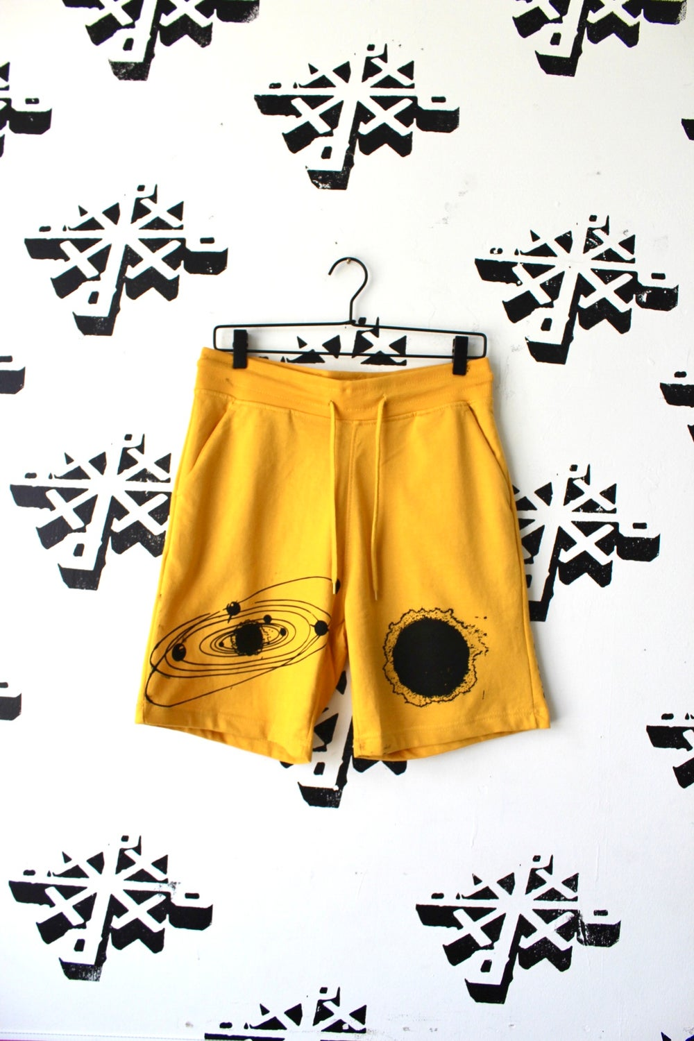 right in the middle shorts in yellow