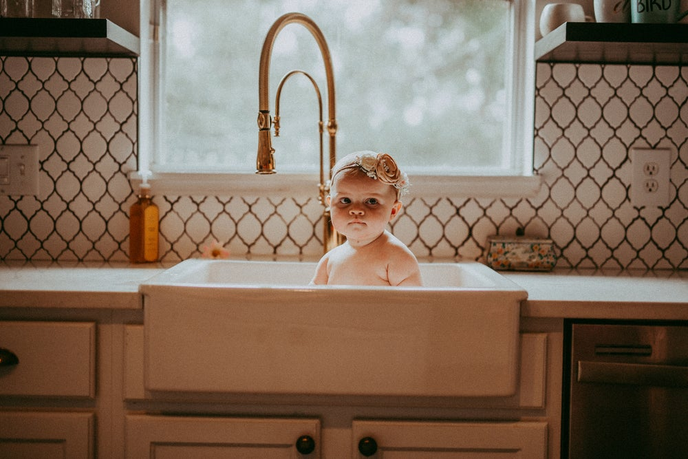 Image of Baby Sink Bath Session
