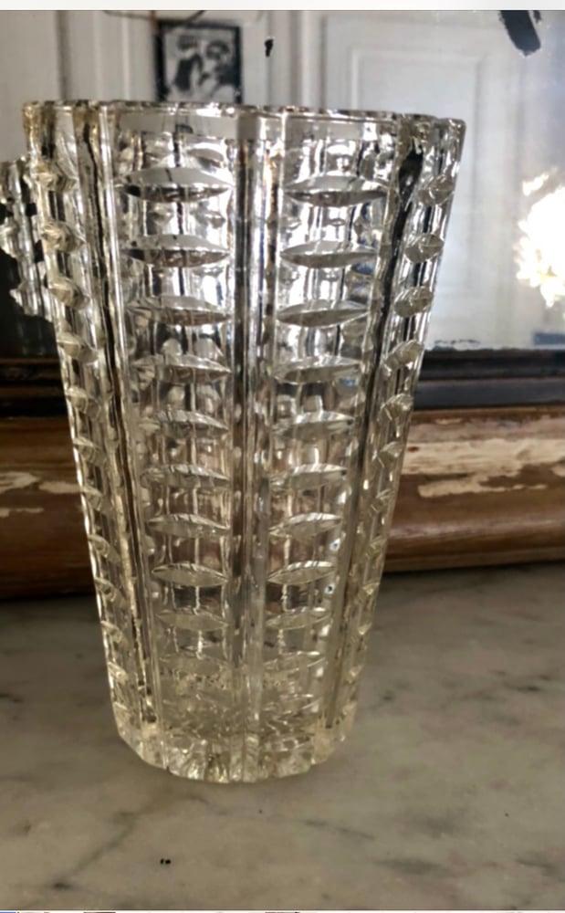 Image of Vase en verre travaillé