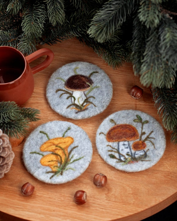 Image of WOOL COASTER SET of 3 - Wild mushrooms