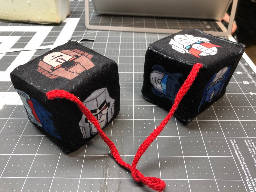 Image of G1 fuzzy dice