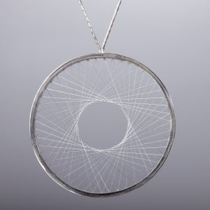 Image of Necklace 'single-weave Spirograph'