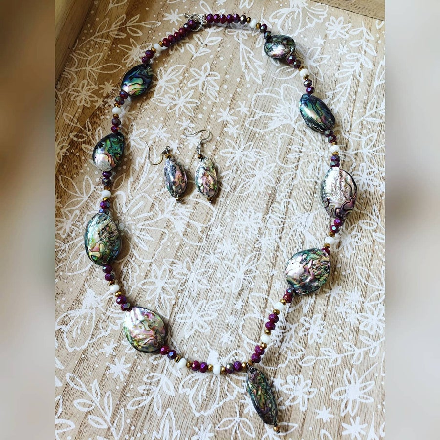 Image of Abalone shell jewelry set