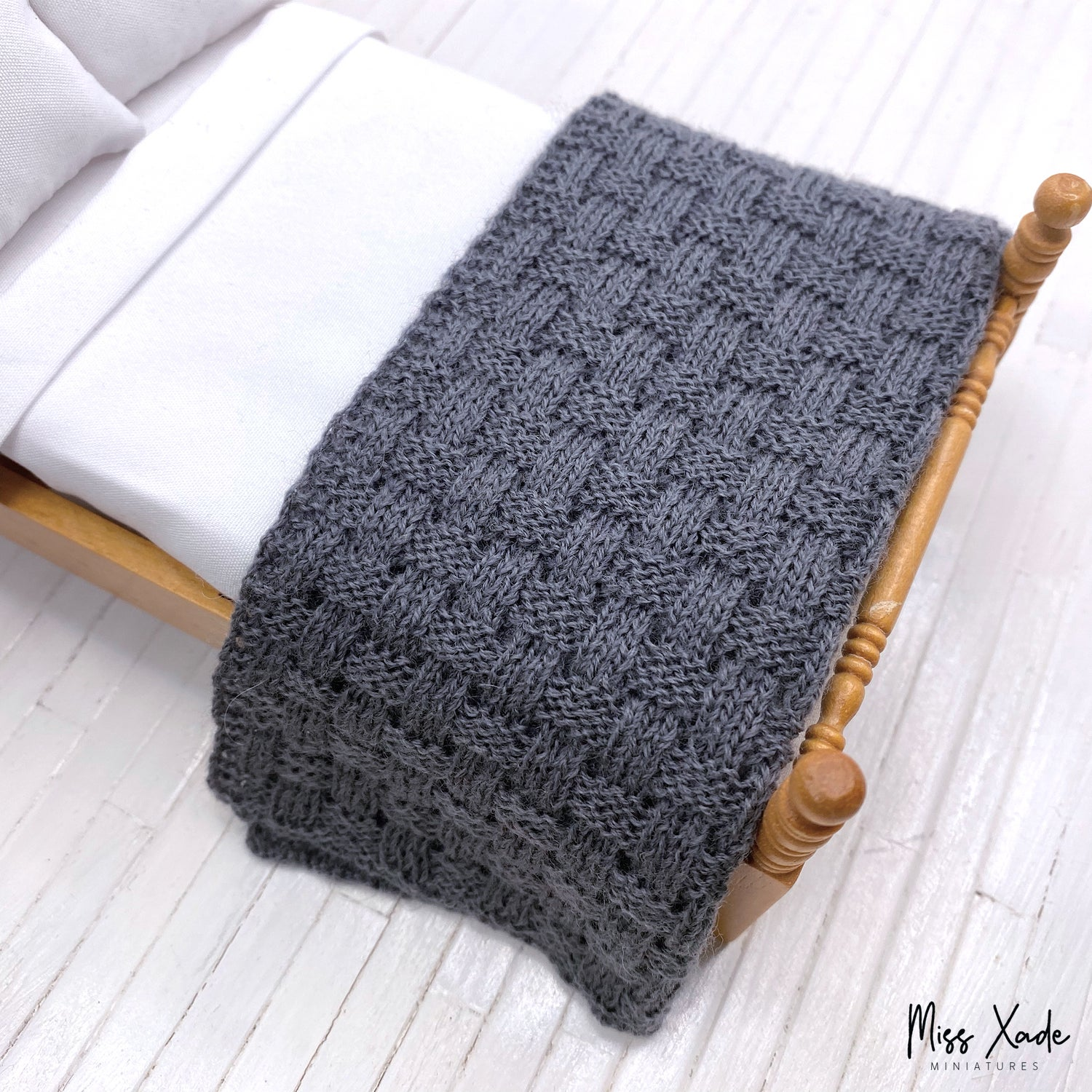 Knitted Basket Weave Blanket for Dollhouse - Anthracite
