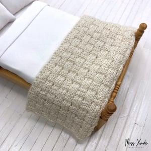 Knitted Basket Weave Blanket for Dollhouse - Natural White