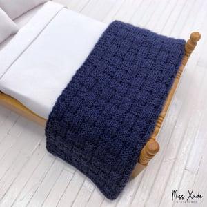 Knitted Basket Weave Blanket for Dollhouse - Navy Blue
