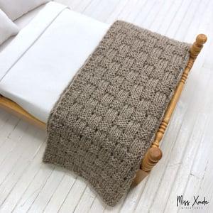 Knitted Basket Weave Blanket for Dollhouse - Beige