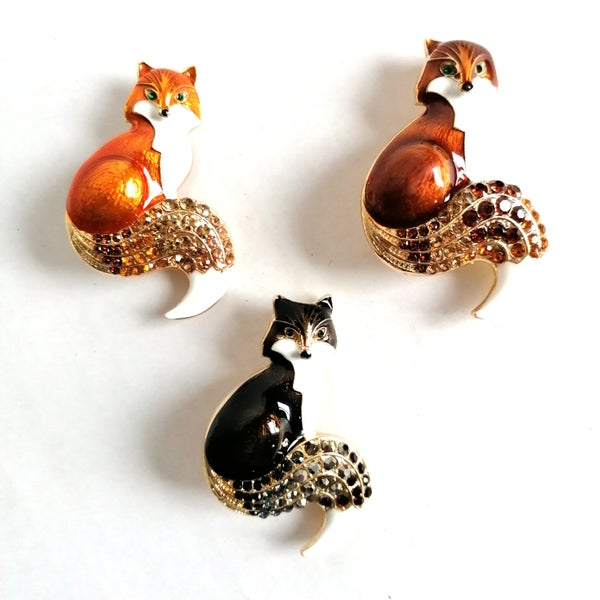 Image of Crystal Fox Enamel Brooch Pin