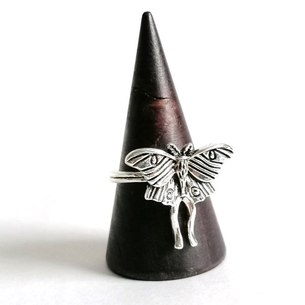 Image of Antiqued Luna Moth Ring