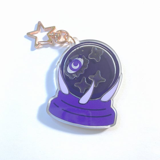 "Image of wizard's crystal ball | 2.5"" shaker charm"
