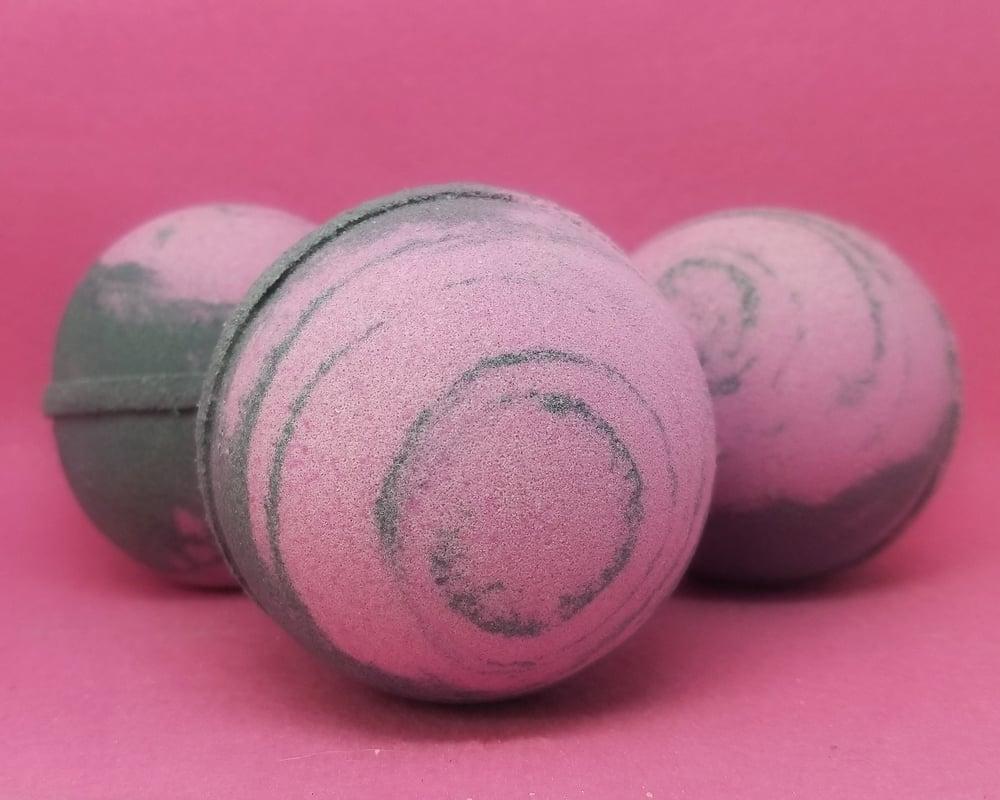 Image of Black Cherry Bomb - Luxury Foaming Shea Butter Bomb