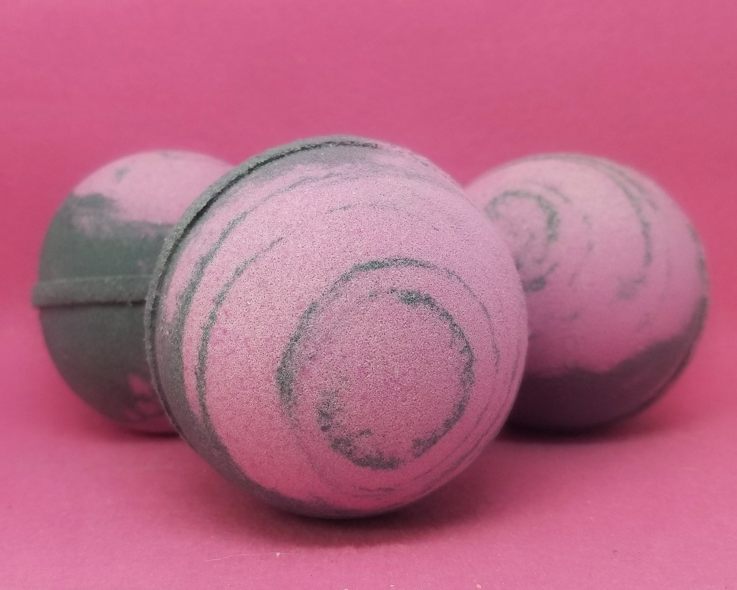 Image of Black Cherry Bomb - Luxury Foaming Shea Butter Bomb