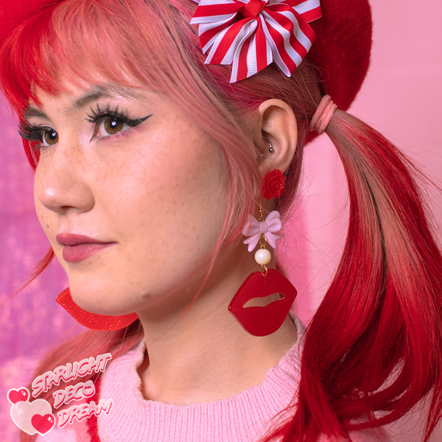 Image of Dolce Kisses Glitter Lips Earrings