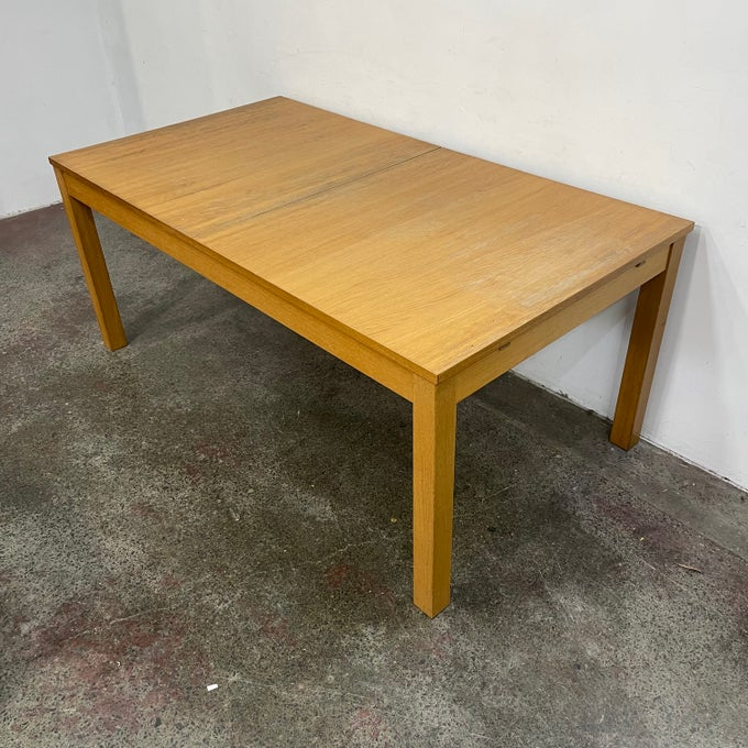 Image of DOUBLE EXTENSION TABLE