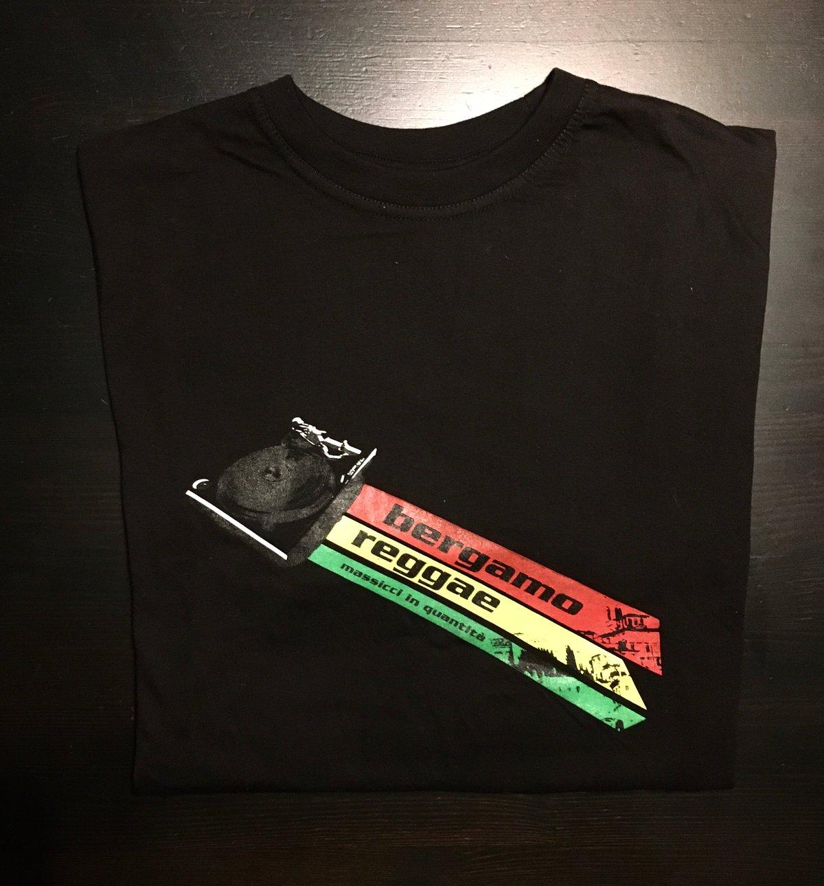 Image of T-Shirt BergamoReggae + gadget