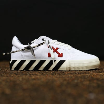 "Image of <FONT color=""RED"">NEW</FONT> OFF-WHITE C/O VIRGIL ABLOH - Vulc White Sneakers"