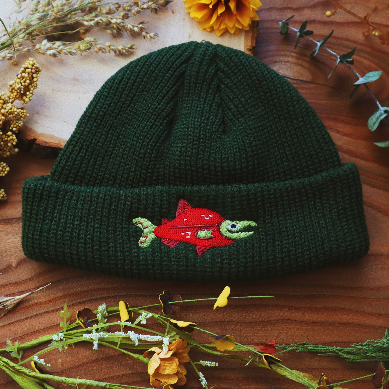 salmon *fitted* knit hat (CM)