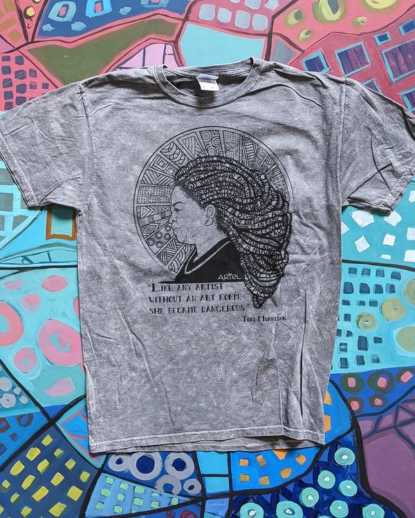 Image of Toni Tshirt + Sweatshirt