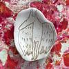 Zeichnung auf Keramik. Fledermaus II