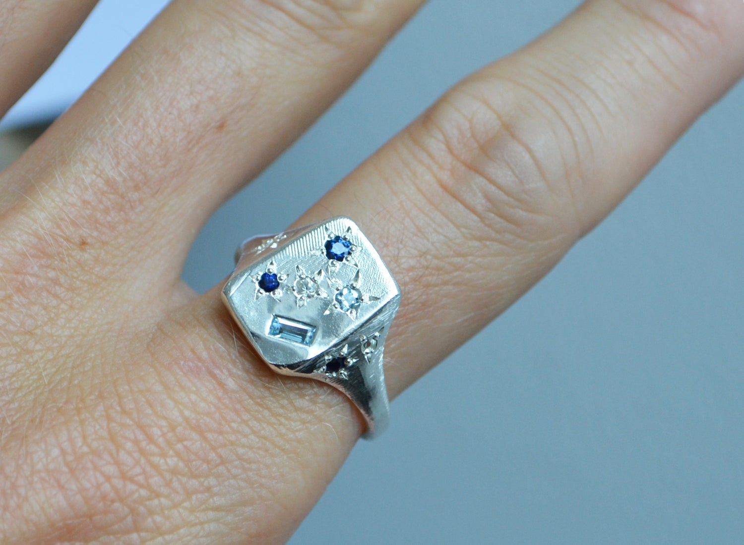 Image of Blue Florentine ring