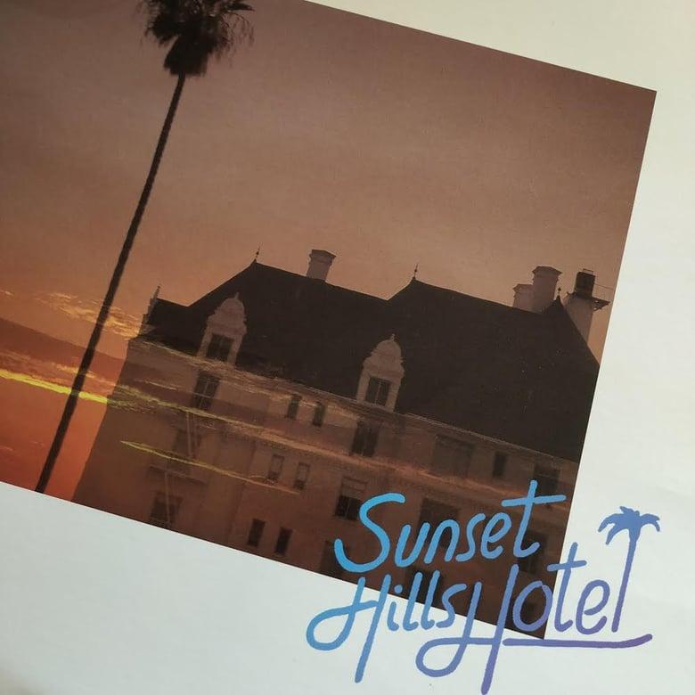 Image of Sunset Hills Hotel • Interface