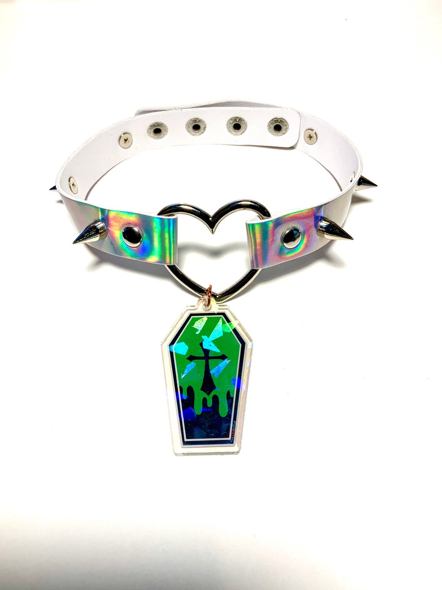 Image of Green Coffin Holographic Heart-Ring Choker